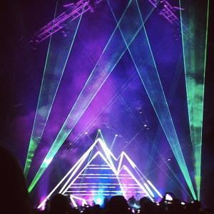 hillsong concert pyramid