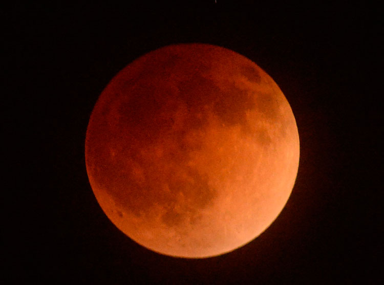 blood moon today in usa -#main