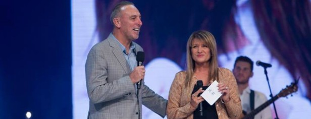 cropped-cropped-brian-c-houston-and-bobbie-houston-founding-pastors-of-hillsong-church-appear-in-a-photo-shared-on-facebook-in-march-2014.jpg
